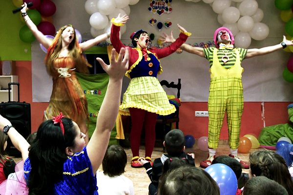 Children's party entertainment