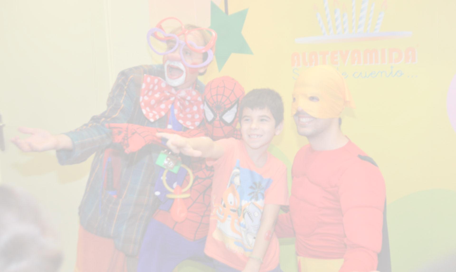 bg-home-superheroes-2 | Aeiou Kids club for children