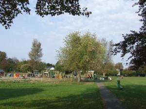 Free children's activities in the UK queens park