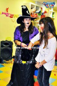 Halloween-Entertainers