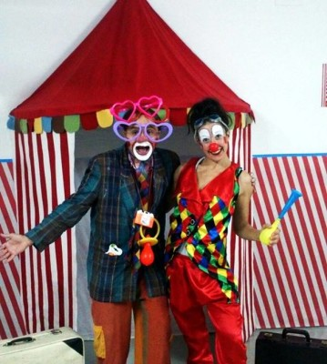 Best Circus Themed Party Entertainment At Home Clowns Aeiou Kids - Childrens birthday party entertainers london