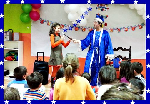 Hire a magician for Halloween kids party tips