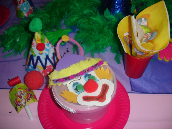 How to Organise a Clown Kids Party ideas