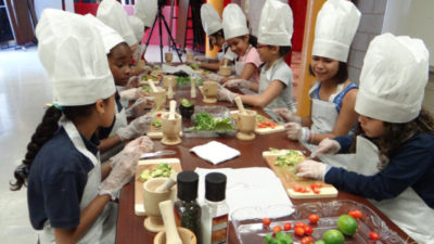 Cooking workshop for kids parties